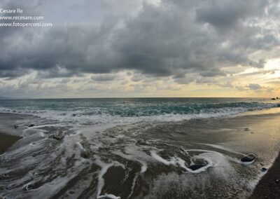 onde spiaggia