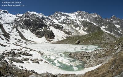 Il disgelo al Lago delle Locce e la est del Monte Rosa
